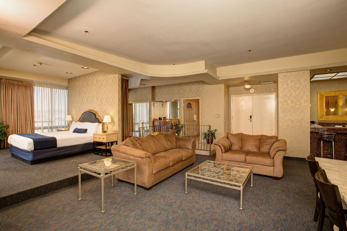 smoking prediential suite hotels in reno nv