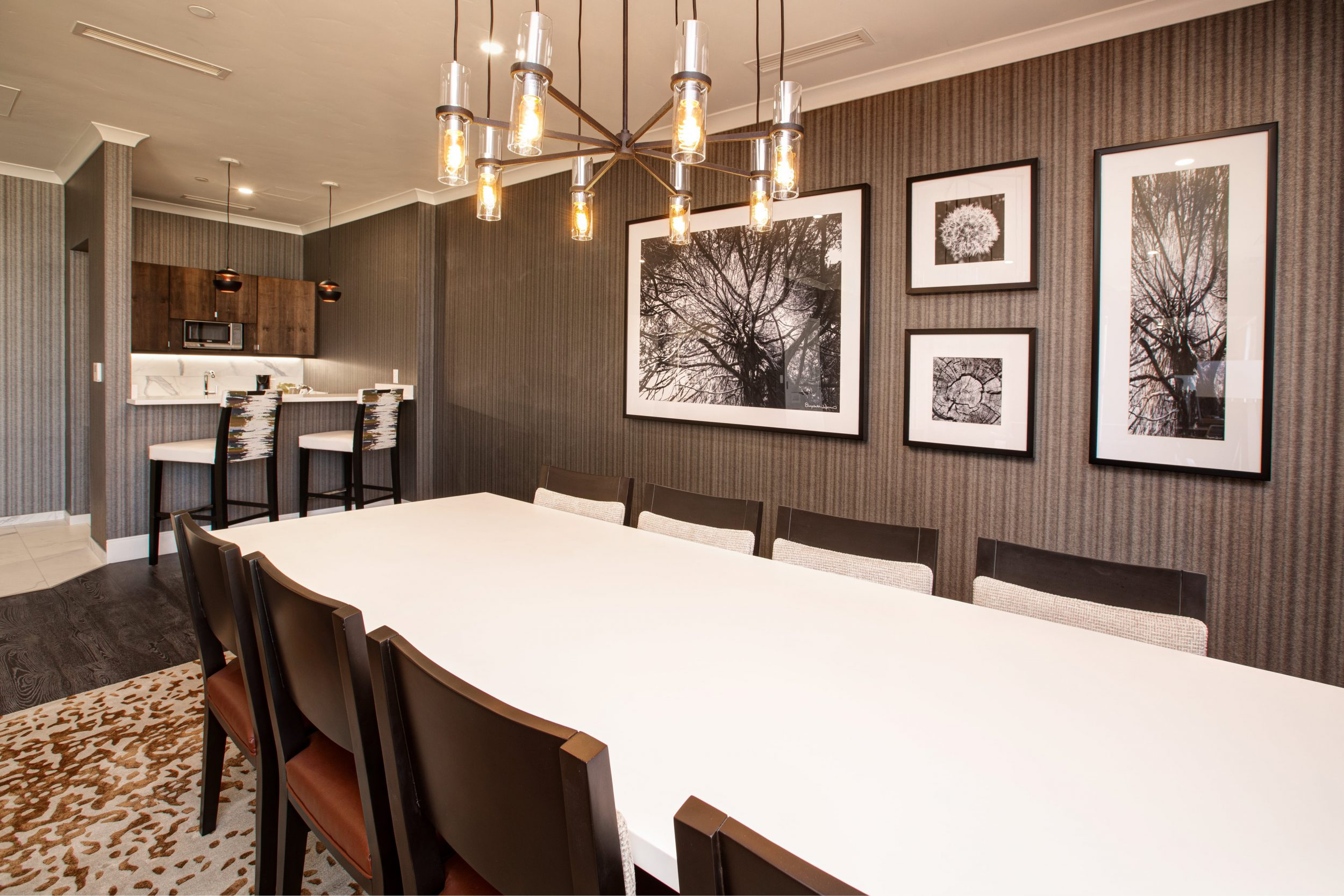Dining Room with Mini Bar